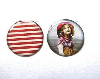 2 cabochons silicone illustration on white 25mms