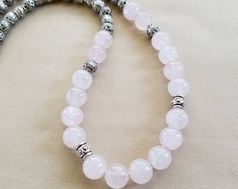Pink Rose Quartz Necklace, Natural Stone Necklace, Pink Quartz Necklace, Rose Quartz Necklace, Chunky Stone Necklace, Short Beaded Necklace