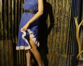 70s latino style ruffle dress, size 10.