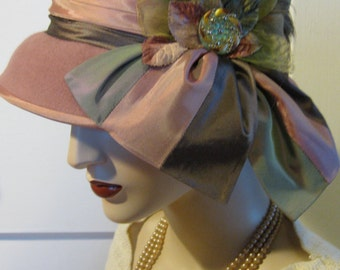 Lady Edith/ Dusty Rose Cloche with Czech Glass Button