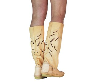 Hand-crafted/women's leather boots flower/Women's moccasins/festival boots/HIPPI boots/grounding Boots/size in Stok 38-38.5
