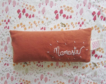 Namaste Organic Eye Pillow - filled with organic rice and lavender from France - washable and removable cover - Aromatherapy eye pillow