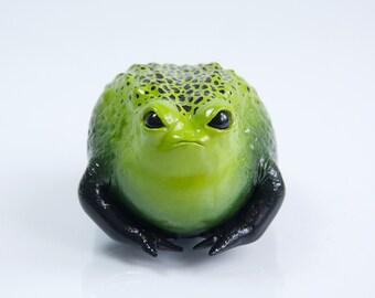 Frog Sculpture (green/black spots)