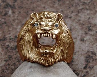 Impressive Large Solid 14K Gold Lion King Ring Genuine Diamonds Heavy 22.5 Grams