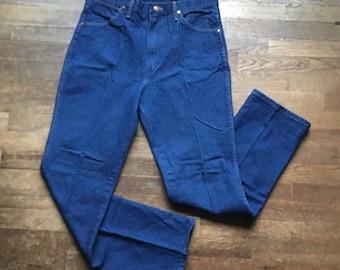 vintage wrangler 936 slim fit yellow tag indigo dark wash denim high waist scovill zipper blue jeans made in usa 34 x 31 1/2