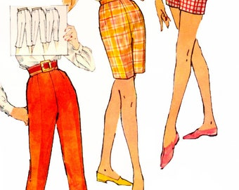 Vintage 1960s Sewing Pattern Simplicity 3435 Capris,  Bermuda Shorts And Shorts in Proportioned Sizes