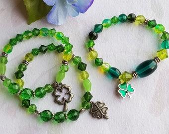 Irish Shamrock Charm Stretch Bracelet St Patrick's Day Swarovski Crystal Green Glass Bead Bracelet Clover Charm Gifts for Her
