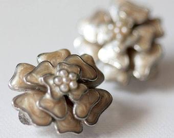 Vintage Cream and Pearl Enamel Flower Silver Clip Earrings