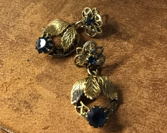 Dainty Darling Dark Sapphire Blue Gold Tone Floral Leaf Dangling Drop Earrings Unsigned Pierced Romantic Victorian Revival 1960's 1970's