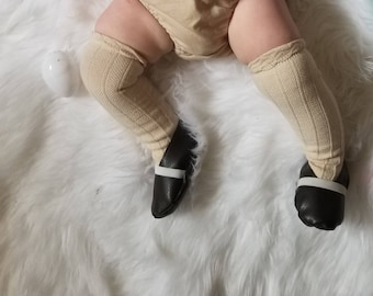 0-12 M Faux leather flats•crib shoes•baby bootie•newborn•6 months•9•12•one year•boho•vintage•girl• accessory•neutral•spring•summer