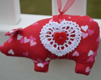 Valentine's Day fabric pig, fabric pig, pig ornaments, novelty ornament, home decor pig