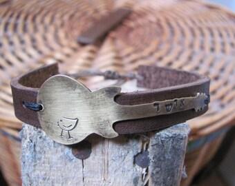 Guitar bracelet, Leather bracelet Men, Leather Mens Bracelet, Leather mens bracelet, Wrap Mens Bracelet, Womens Cuff, Mens Cuff Leather