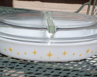 Pyrex Constellation Divided Dish with Lid