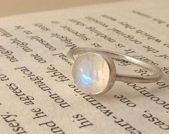 Round moonstone stacking ring, moonstone solitaire, moonstone and silver ring, june birthstone, 8mm stone, UK