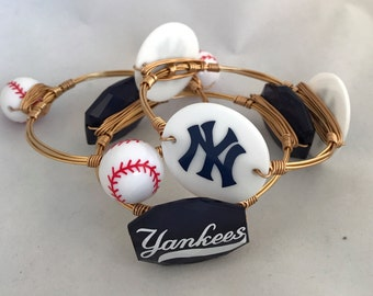 New York Yankees Baseball Bangle • Yankees Baseball • Set of 3 Wire Wrapped Bangle Bracelet Set • Three Stone Bangle