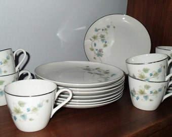 Rose China Japan Luncheon set, Belhaven grape vine Vintage snack set Plates and cups, 3603 Service for 6 plus extra lunch plates.