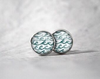 Earrings cabochon 10 mm / wave pattern