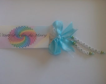 Keychain beaded letters design ribbon bow: centerpiece for the school year thank you