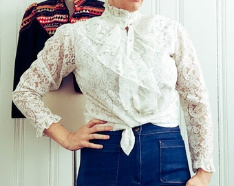 1970's Womens Vintage Miss H Long Sleeve White Lace Mod Hippie Boho Gogo Victorian Style Prince Blouse Top Medium Large