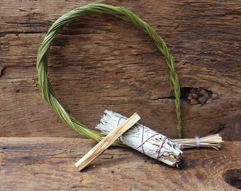 Smudge Stick | White Sage | Sweet Grass | Palo Santo | Ritual | Cleansing | Altar |