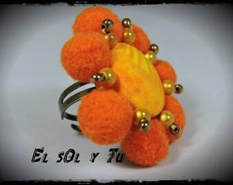 EL SOL ring Y you - fabric (batik) shades of yellow - orange magic beads and mini-pearls Miyuki sewn tassels