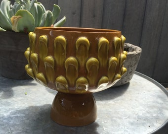 Mid-Century Italian Pottery Gold and mustard pulled loop style