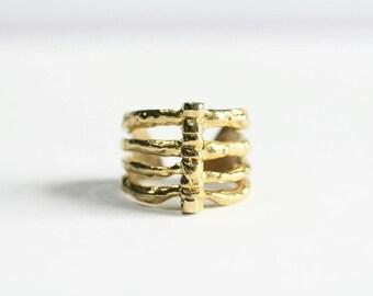 Rib Cage Ring- Vertebrae Cage Ring - Cage Ring - Vertebrae Ring - Open Back Ring - Adjustable Ring - Goth Ring - Stacked Ring - Grunge Ring