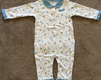 Babies Romper Suit/Onesy, Pink and Blue, Size 3 mths, 6 mths, 9 mths, 12
