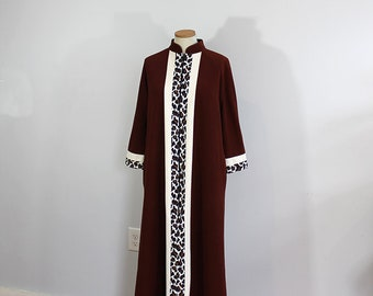 1970s Vanity Fair Leopard Print Brown Long Robe // One Size