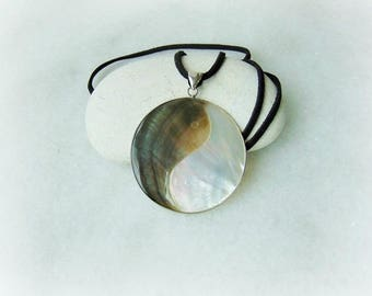 Ying Yang pendant,  Tai Chi necklace, Ying Yang necklace, Zen necklace, abalone pendant, paua shell jewelry, paua shell, Zen, paua, abalone