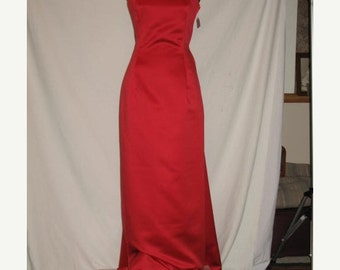 On Sale 1990's Red Christmas Holiday Full Length Evening Dress Formal Women's Adult