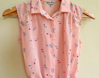 pink top /  sleeveless blouse / floral button up top / flower shirt / japanese vintage top