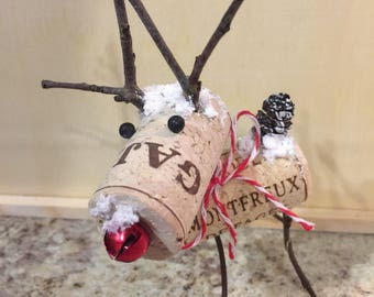 Wine Cork Rudolph the Red Nose Reindeer, Wine Cork Holiday Red Nose Reindeer, Wine Cork Christmas Reindeer with Red Bell, Wine Cork Winter