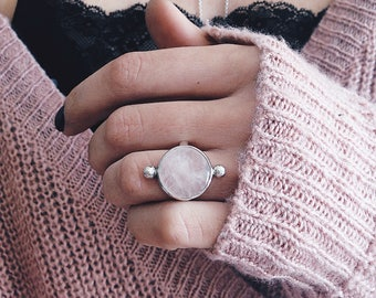 Bestseller ring,rose quartz ring, ring,crystal ring,pink crystal ring,bestselling ring,silver 925,solid silver ring,boho ring,round ring