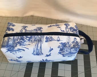Large Doctor Who toile print zippered box bag for knitting, spinning, toiletries, etc. Weeping Angels & TARDIS