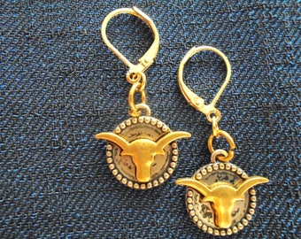 Longhorn earrings with levered clasp