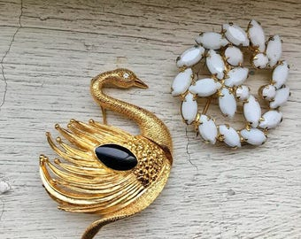 Lot of 2 vintage brooch pins , swan and burst