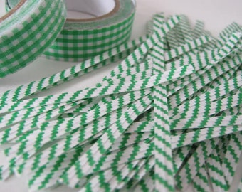Set of 50 Green/White twist ties