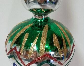 Fancy silver plastic Tree topper, ornament,  Christmas, Christmas Decoration, Christmas ornament, multi color. Bradford, 1960s, Shiny Bright