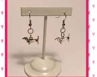 Dachshund earrings | dangle earrings | doxie earrings | weenie dog earrings