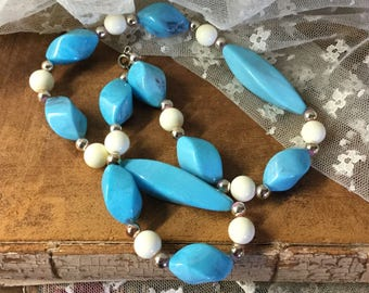 French Blue White Lucite Bead Single Strand Necklace Unsigned 1960's 1970's Daywear Geometric Shapes Feminine Woman
