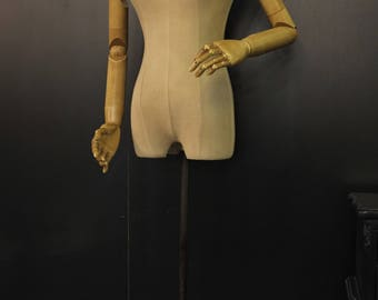 Vintage Mannequin - Fully Articulated - Retro charm and style