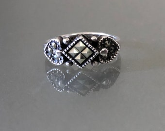 Vintage Marcasite Style Stamped Sterling Silver Ring