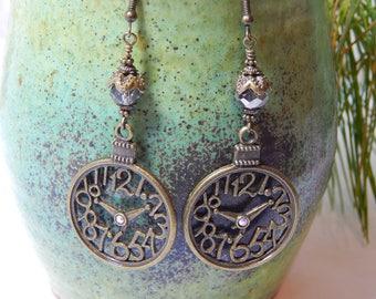 Steampunk Antique Bronze Clock Earrings / Gifts for Her / Clock Earrings/ Cosplay Earrings/ Clocks/ Dangle Earrings / Victorian Inspired