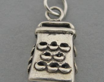 CHEESE GRATER Sterling Silver 925 Charm Pendant  Kitchen Cook Chef 4554
