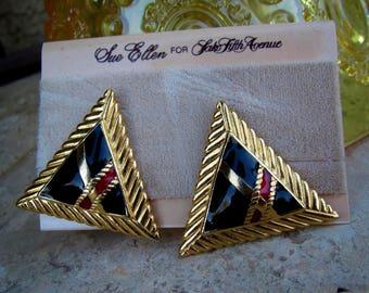 Vintage Sue Ellen for Saks Fifth Avenue Clip Earrings Tartan Plaid Enamel Triangle 1980's