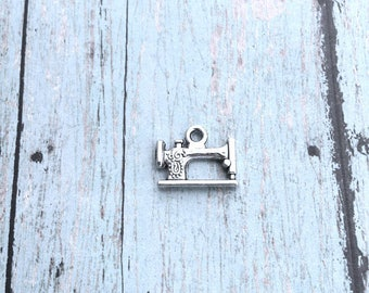6 Sewing machine charms 2 sided antique silver tone - sewing pendants, seamstress charms, silver sewing machine pendants, craft charms, F14