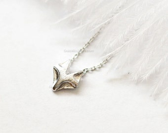 tiny silver Fox necklace, fox necklace, dainty, everyday necklace, birthday, wedding, bridesmaid gifts, necklaces for women, gift ideas