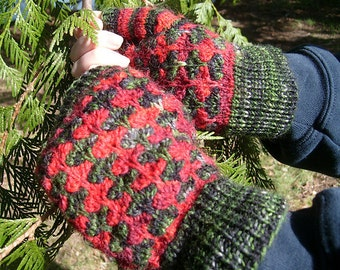 Handknitted fingerless gloves, Size L