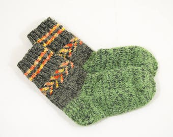 Knitted Wool Socks - Green and Gray, Size Medium